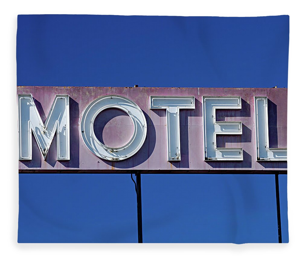 Clear Sky Fleece Blanket featuring the photograph Motel Sign by Eyetwist / Kevin Balluff