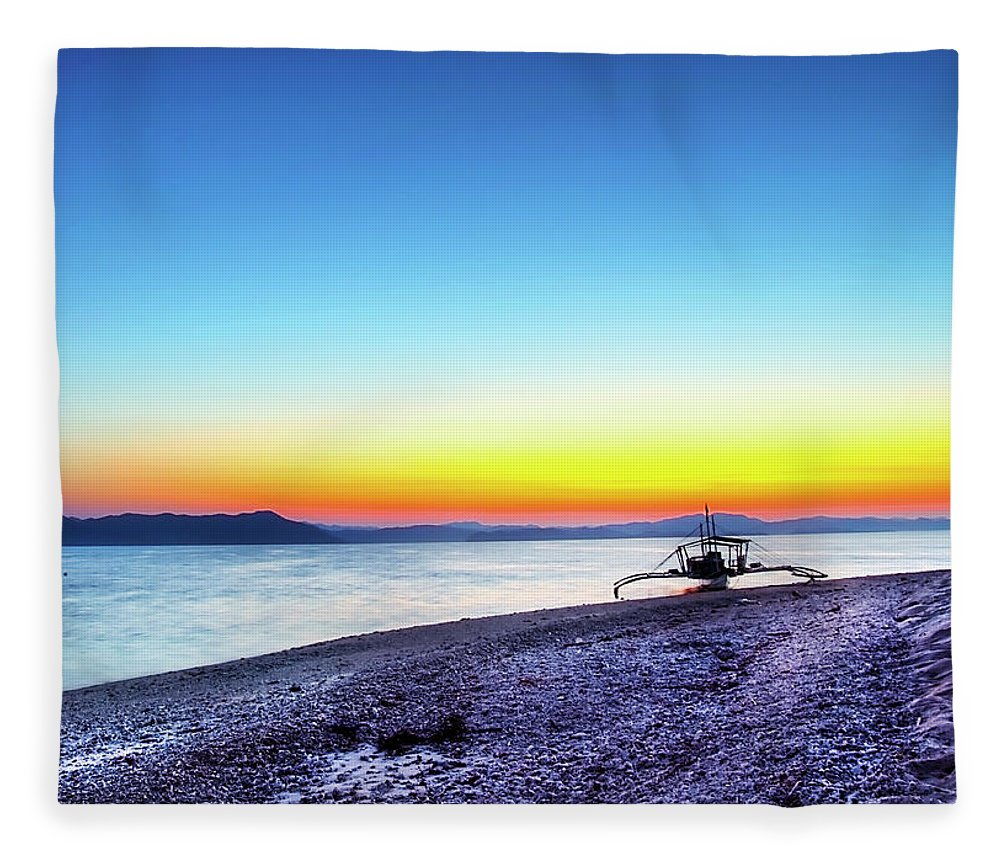 Water's Edge Fleece Blanket featuring the photograph North Cay Island, Palawan, Philippines by Tomasito!