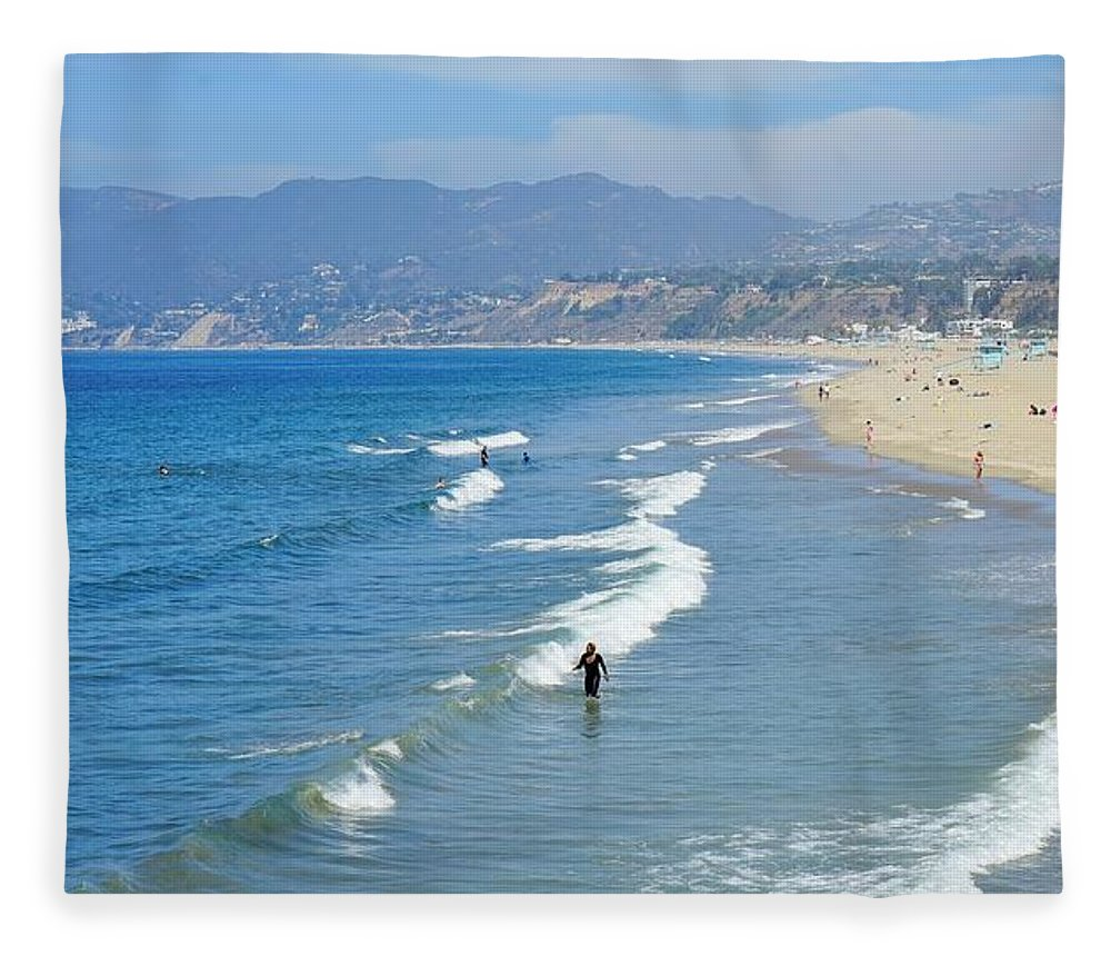 Ocean Fleece Blanket featuring the digital art Ocean Beauty by Barkley Simpson