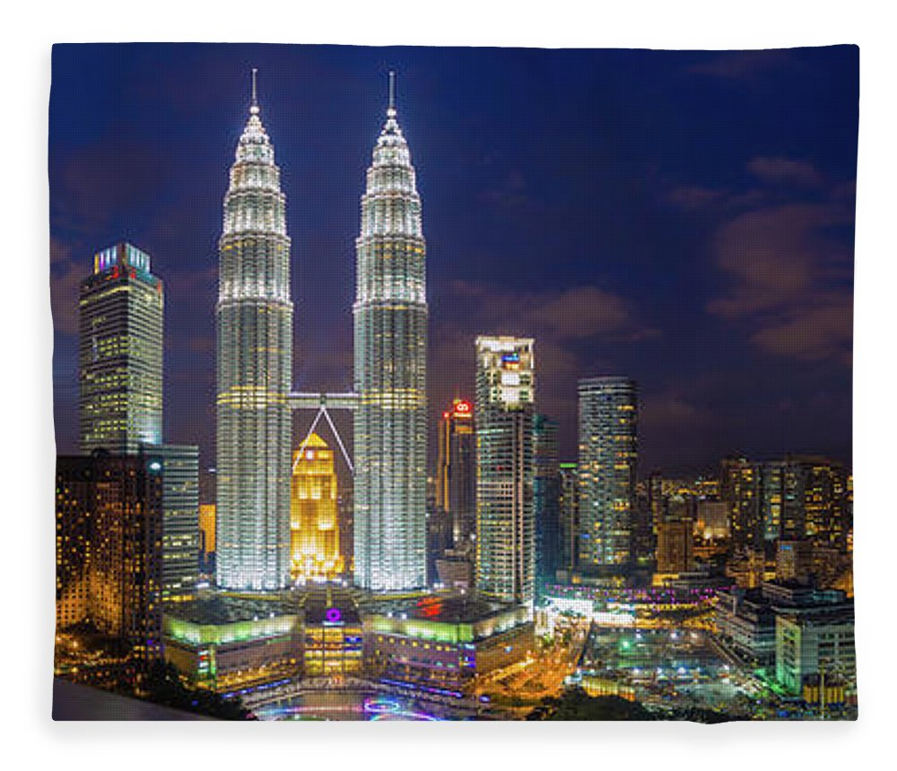 Panoramic Fleece Blanket featuring the photograph Panoramic View Of Petronas Twin Towers by Www.imagesbyhafiz.com