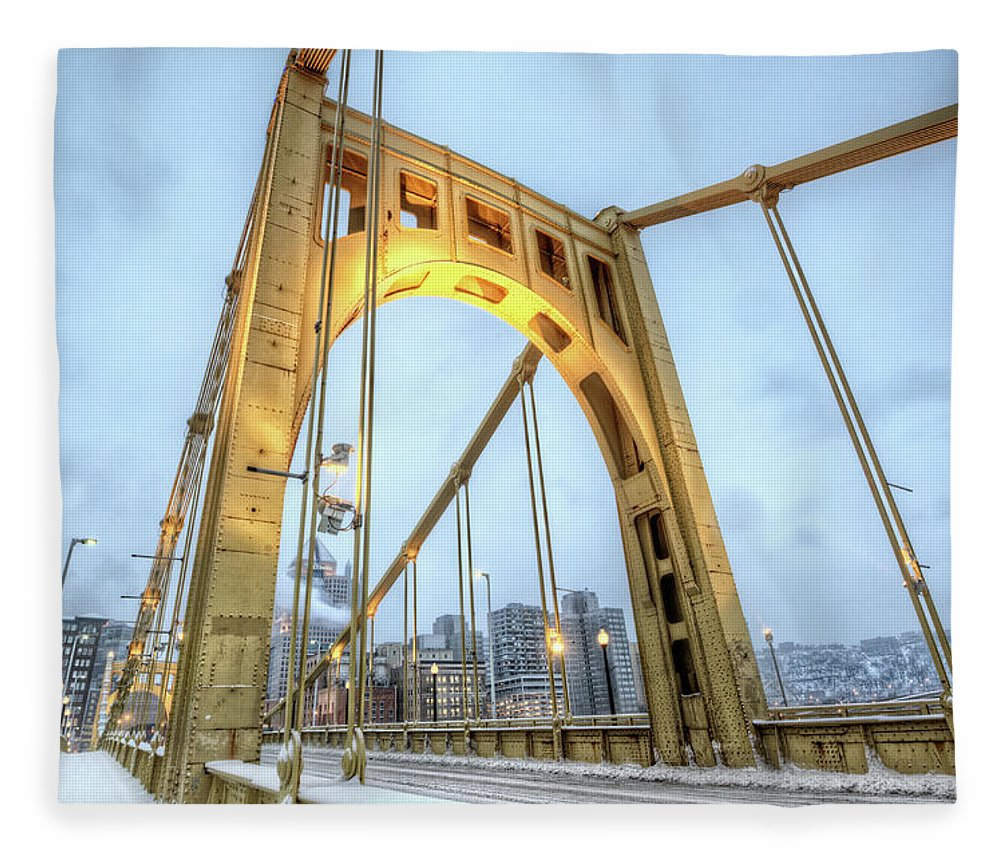 Arch Fleece Blanket featuring the photograph Roberto Clemente Bridge by Hdrexposed - Dave Dicello Photography