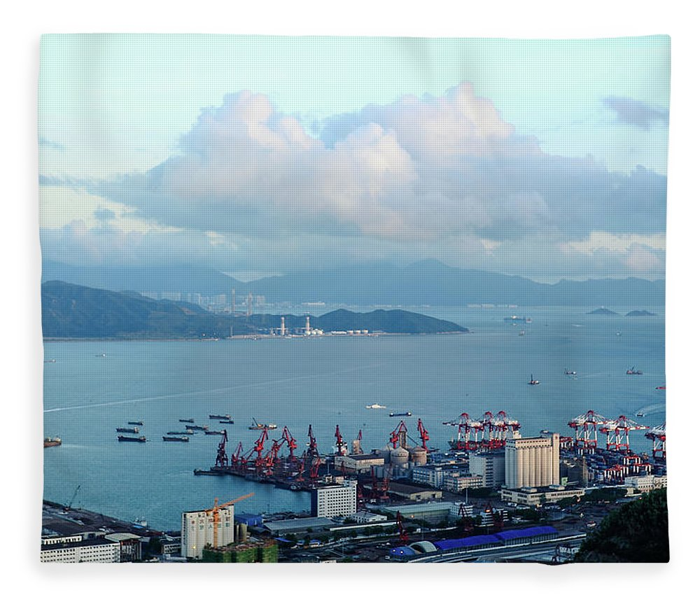 Tranquility Fleece Blanket featuring the photograph Shenzhen Bay And Shekou Port by Wilson.lau