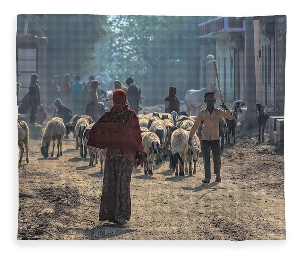 Rajasthan Fleece Blanket featuring the photograph Start Of The Day by James Kenning