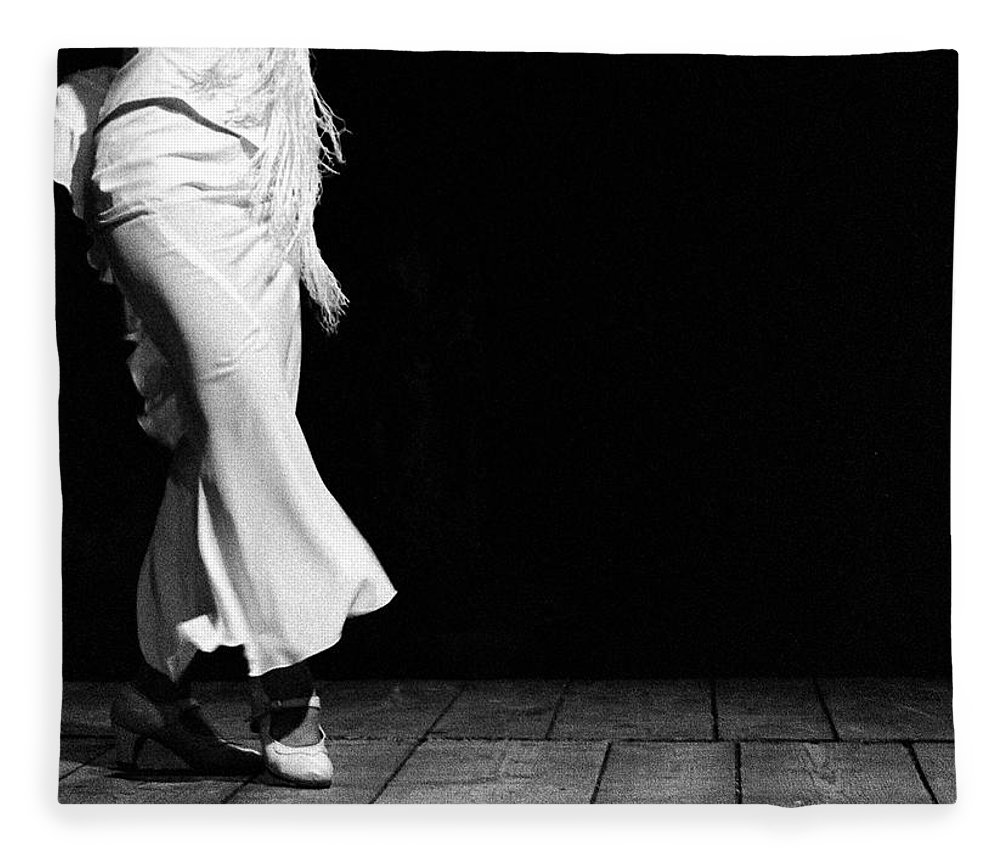 Ballet Dancer Fleece Blanket featuring the photograph Starting Flamenco by T-immagini