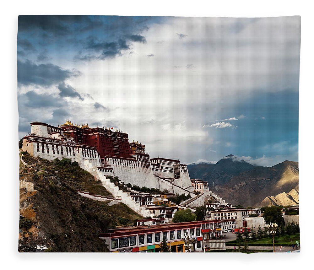 Chinese Culture Fleece Blanket featuring the photograph Sunset Of Potala Palace In Lhasa by Loonger