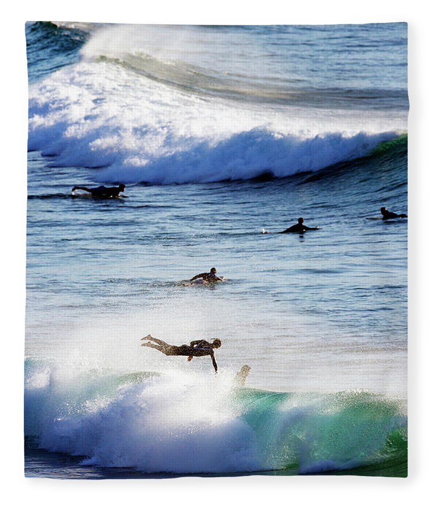 Spray Fleece Blanket featuring the photograph Surfing At Southern End Of Bondi Beach by Oliver Strewe