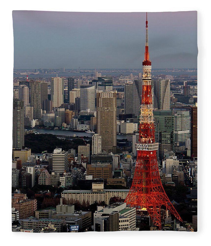 Tokyo Tower Fleece Blanket featuring the photograph Tokyo Tower At Dusk by Lluís Vinagre - World Photography