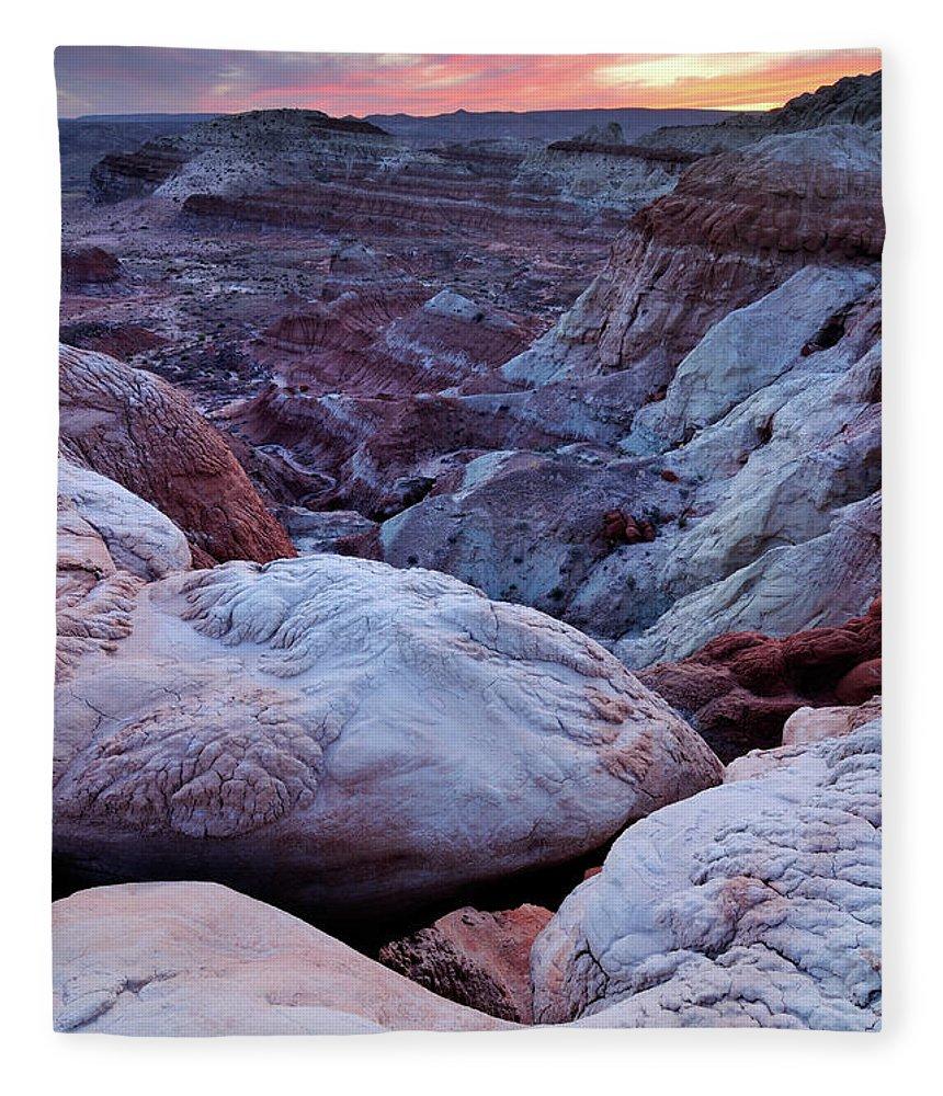 Scenics Fleece Blanket featuring the photograph Twilight Landscape At Paria Rimrocks by Rezus