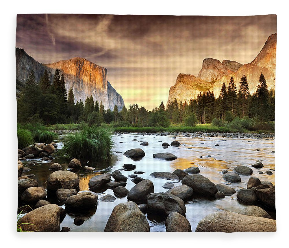 Scenics Fleece Blanket featuring the photograph Valley Of Gods by John B. Mueller Photography