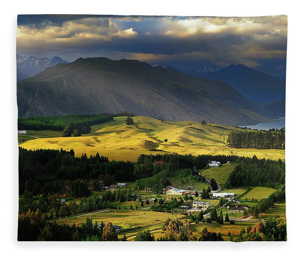 Scenics Fleece Blanket featuring the photograph Wanaka, New Zealand by Atomiczen