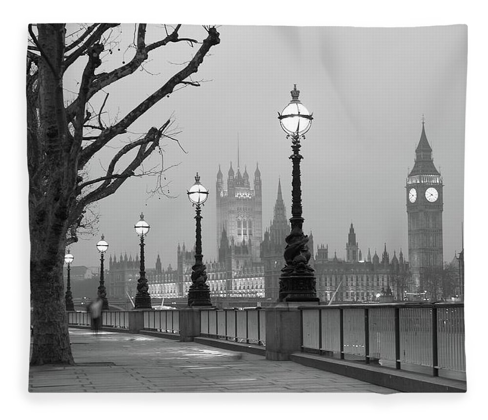 Scenics Fleece Blanket featuring the photograph Westminster At Dawn, London by Gp232