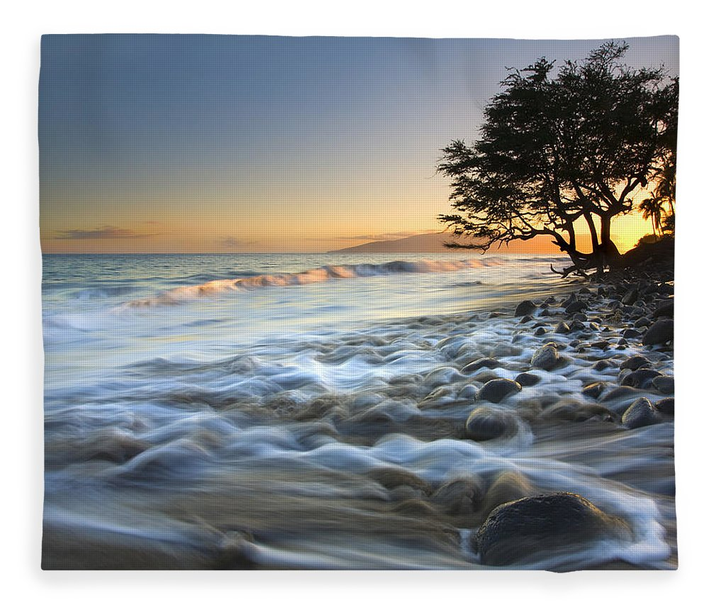 Sea Fleece Blanket featuring the photograph Ebb and Flow by Mike Dawson