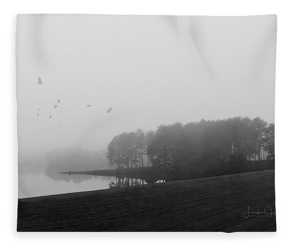 Black And White Fleece Blanket featuring the photograph Mountain Run Lake by Linda Lee Hall