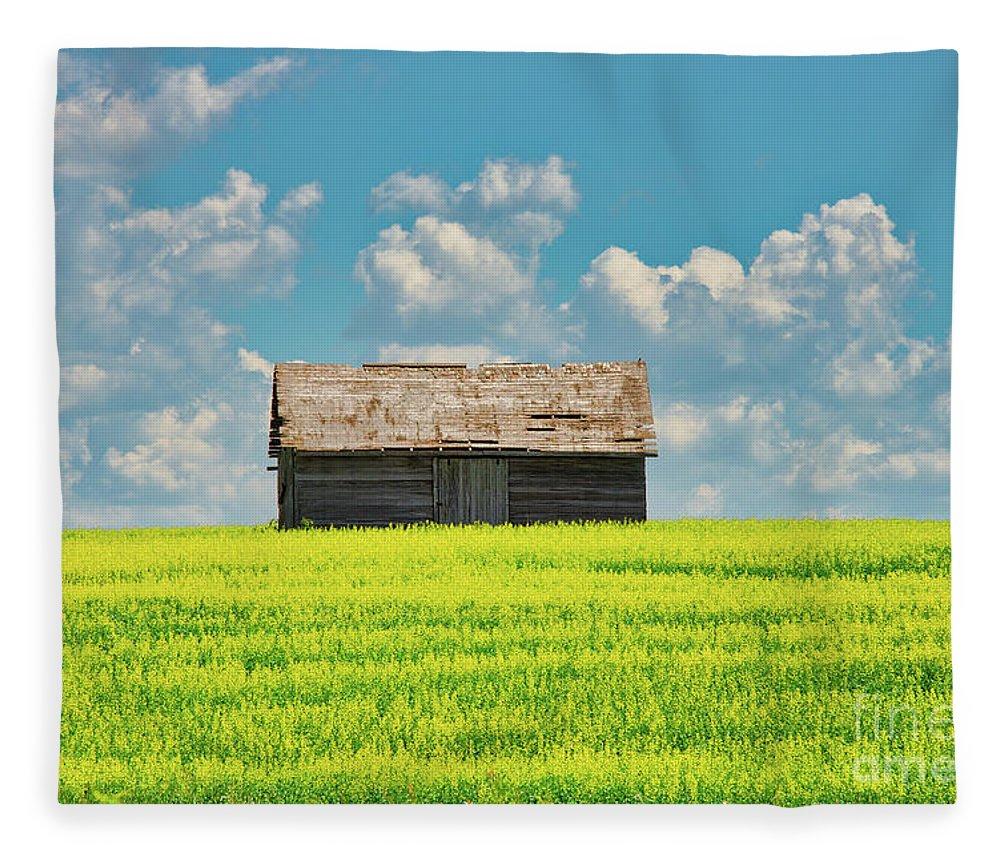 Farm Fleece Blanket featuring the photograph Prairie Barn by Ian McGregor