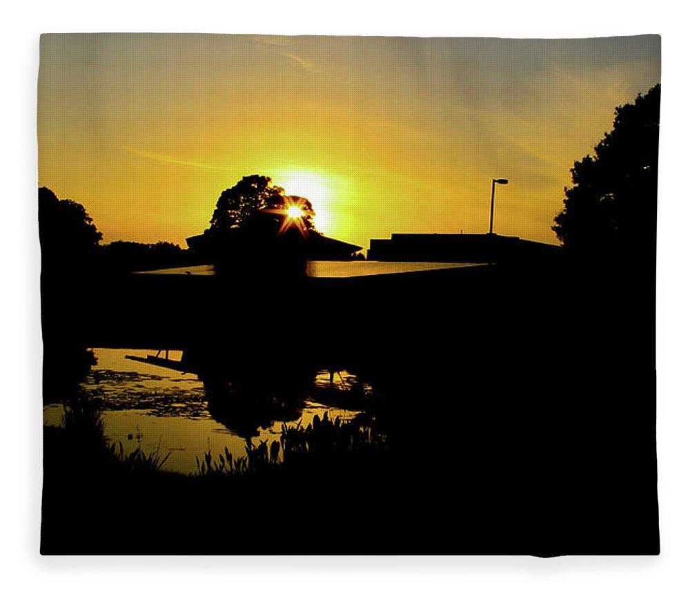 Landscape Fleece Blanket featuring the digital art Sunset over Building by Daniel Cornell