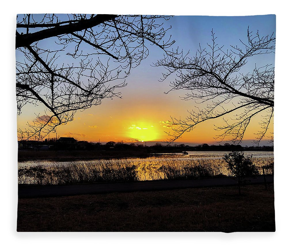 Sunset Fleece Blanket featuring the photograph Tatebayashi Sunset by Kiyoto Matsumoto