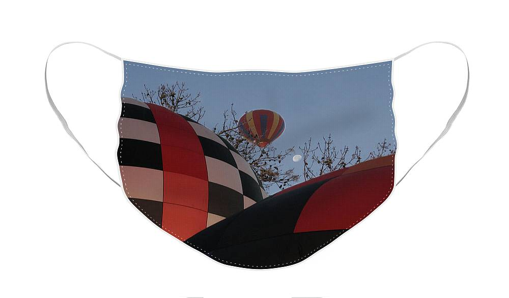 Balloons Face Mask featuring the photograph Moon Rising by Paul Anderson