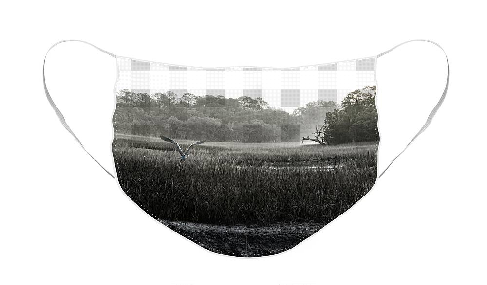 Great Blue Heron Face Mask featuring the photograph The Great Escape by Scott Hansen