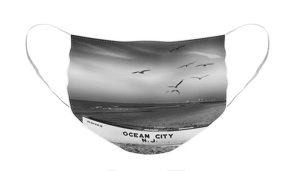 Beach Scene Face Mask featuring the photograph A Beach Scene In Black And White by James DeFazio