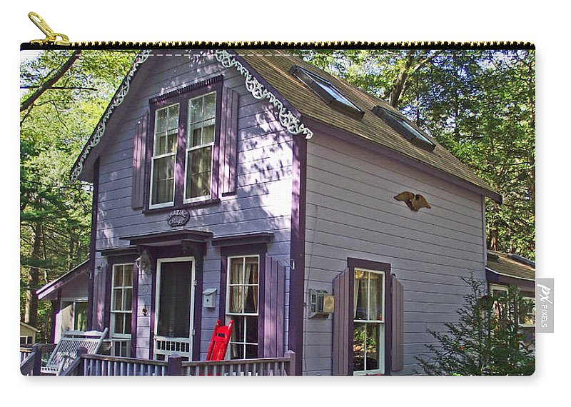Amazing Grape Asbury Grove In South Hamilton Carry-all Pouch featuring the photograph Amazing Grape In Asbury Grove In South Hamilton-massachusetts by Ruth Hager
