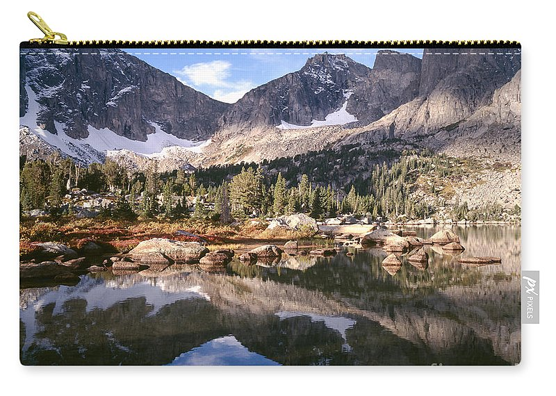 Continental Divide Carry-all Pouch featuring the photograph Cirque Of The Towers In Lonesome Lake 5 by Tracy Knauer