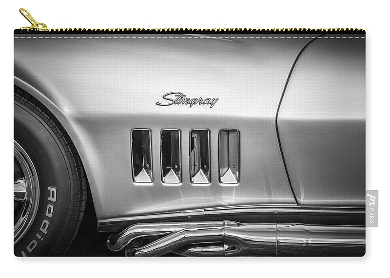 1969 Corvette Carry-all Pouch featuring the photograph 1969 Chevrolet Corvette 427 Bw by Rich Franco