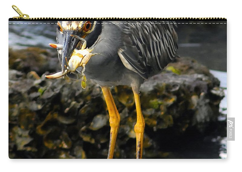 Heron Carry-all Pouch featuring the photograph A Great Catch by David Lee Thompson