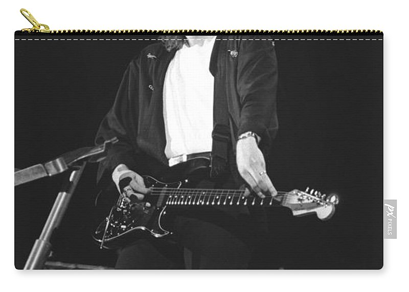 Guitarist Carry-all Pouch featuring the photograph Jeff Healey by Concert Photos
