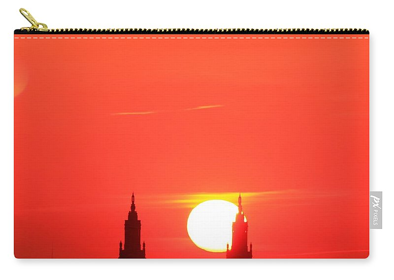 New York City Carry-all Pouch featuring the photograph Moving Right by Catie Canetti