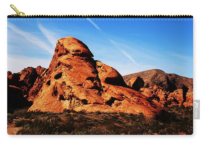 Valley Of Fire Carry-all Pouch featuring the photograph Nevada - Valley Of Fire by Image Takers Photography LLC