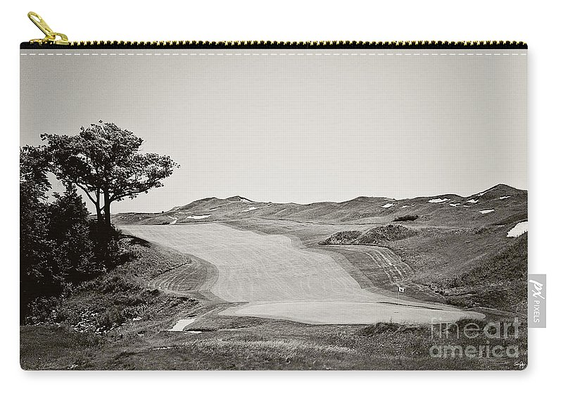 Golf Carry-all Pouch featuring the photograph Ninth Hole by Scott Pellegrin