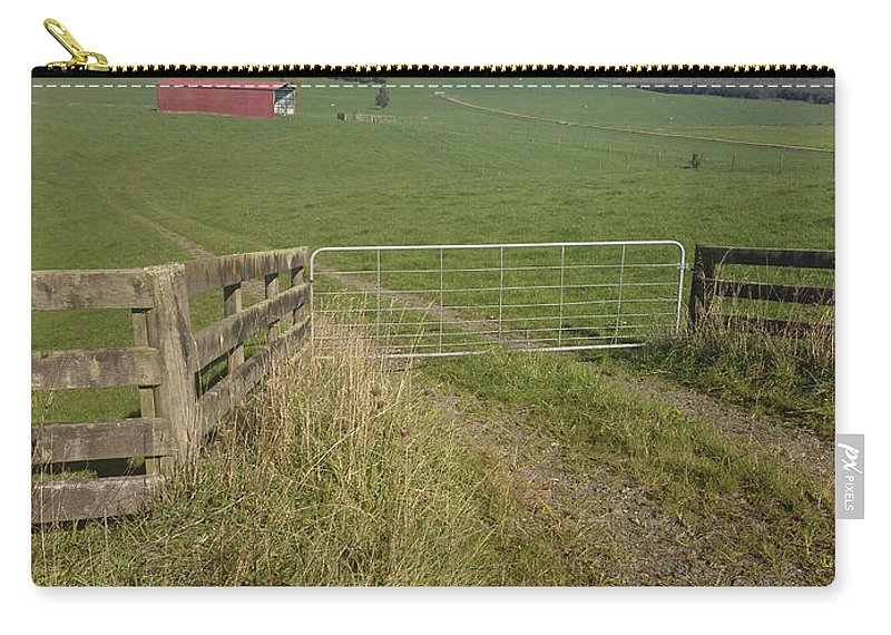Gate Carry-all Pouch featuring the photograph Old Barn by Les Cunliffe