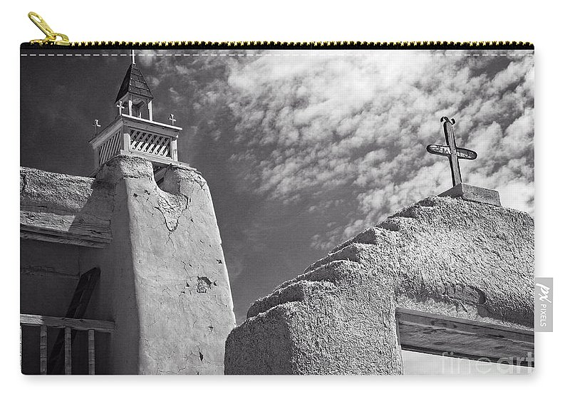 Cutts Nature Photography Carry-all Pouch featuring the photograph Old Mission Crosses by David Cutts