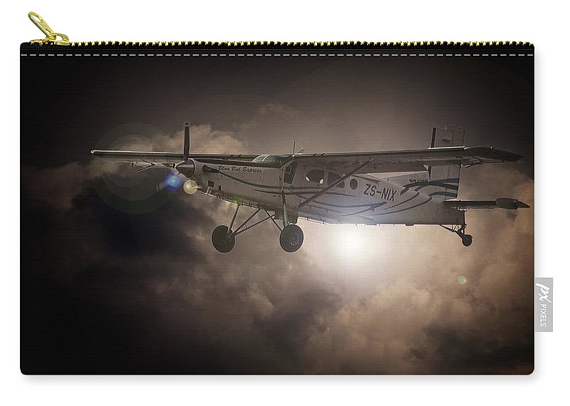 Pilatus Pc6 Porter Carry-all Pouch featuring the photograph Porter Light by Paul Job