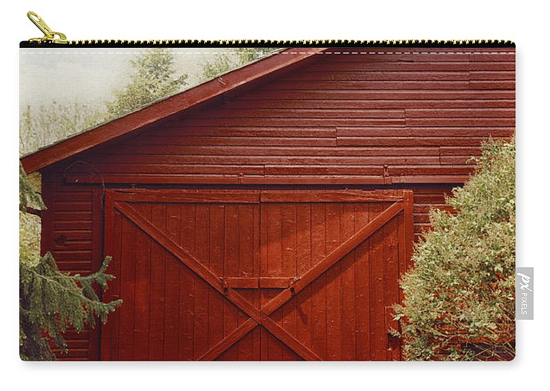 Barn Carry-all Pouch featuring the photograph Red Door by Margie Hurwich