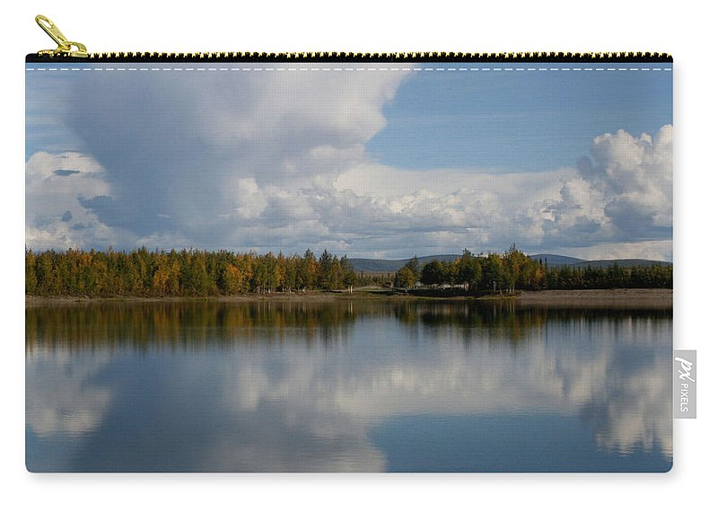 Alaska Carry-all Pouch featuring the photograph Reflections Of Beauty by Sharon Mau