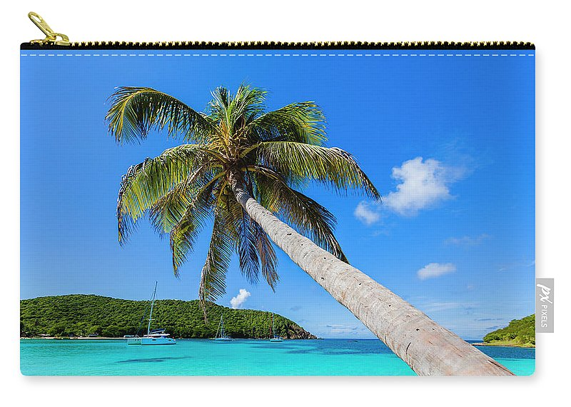 Water's Edge Carry-all Pouch featuring the photograph Salt Whistle Bay, Mayreau by Argalis