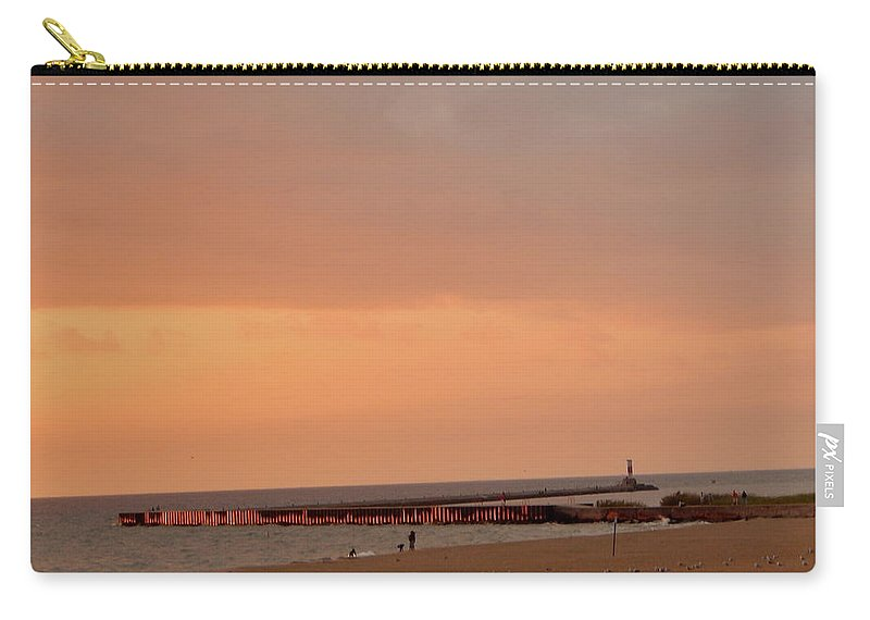 Low Carry-all Pouch featuring the photograph Sunset On The Breakwater by Susan Wyman