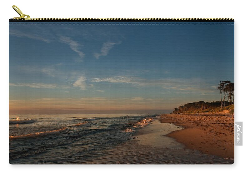 Ostsee Carry-all Pouch featuring the pyrography Weststrand by Steffen Gierok