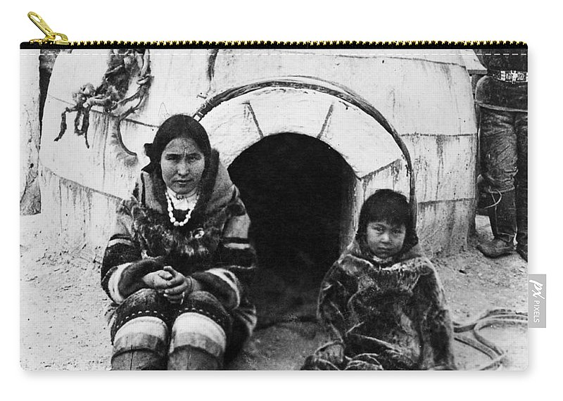 1905 Carry-all Pouch featuring the photograph World's Fair Eskimos by Granger