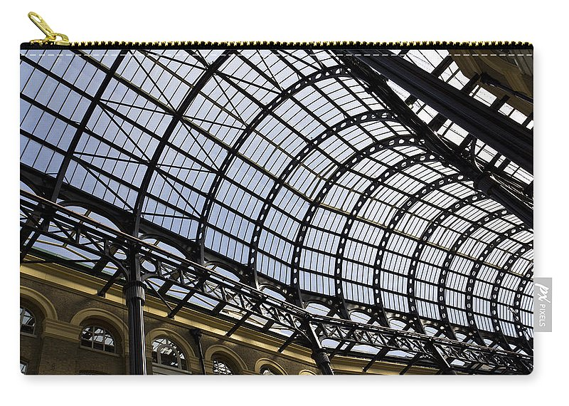 Hays Galleria Carry-all Pouch featuring the photograph Hay's Galleria London by David Pyatt