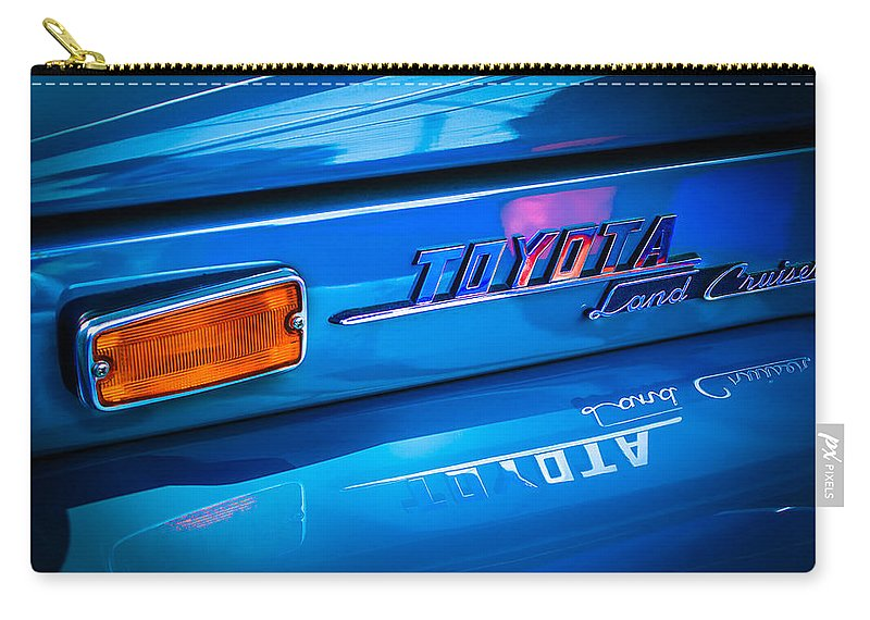 1970 Toyota Land Cruiser Fj40 Hardtop Emblem Carry-all Pouch featuring the photograph 1970 Toyota Land Cruiser Fj40 Hardtop Emblem by Jill Reger