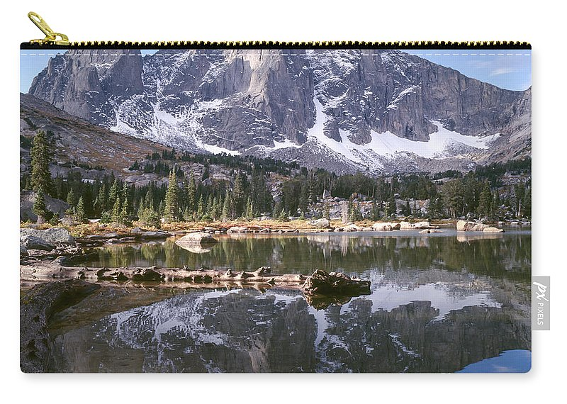 Continental Divide Carry-all Pouch featuring the photograph Cirque Of The Towers In Lonesome Lake 4 by Tracy Knauer