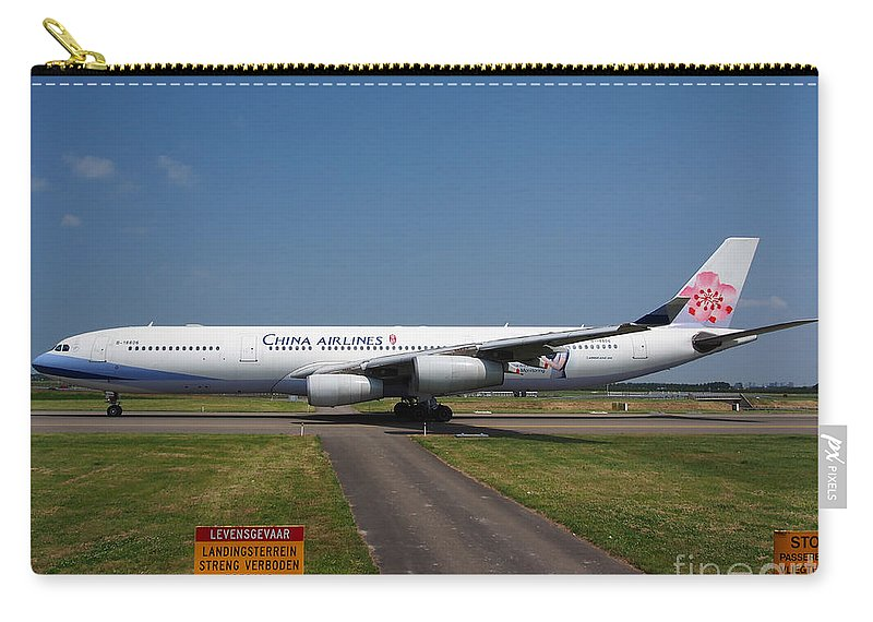 737 Carry-all Pouch featuring the photograph China Airlines Airbus A340 by Paul Fearn
