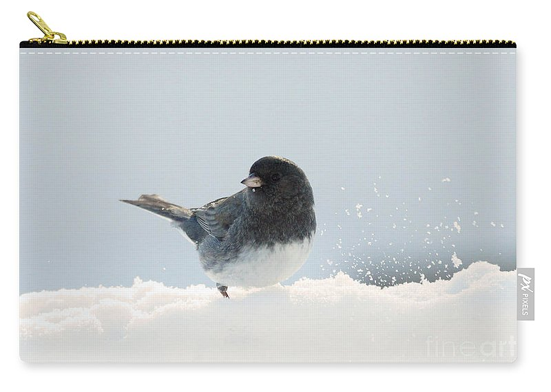 Junco Carry-all Pouch featuring the photograph Dark Eyed Junco by Lori Tordsen