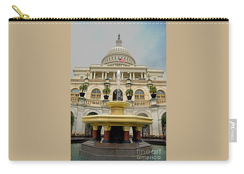 The Dome Carry-all Pouch featuring the photograph The United States Capitol by Jim Fitzpatrick