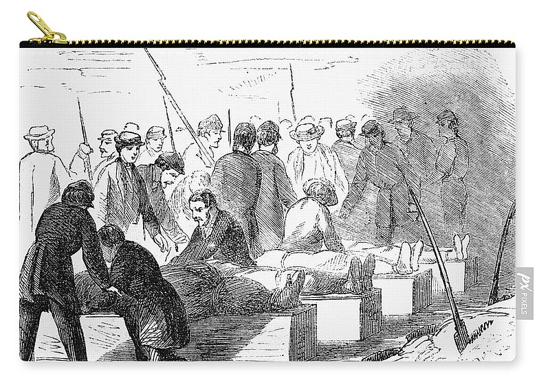 1865 Carry-all Pouch featuring the photograph Execution Of Conspirators by Granger