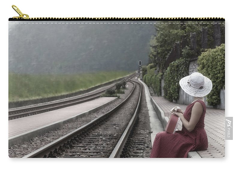 Woman Carry-all Pouch featuring the photograph Waiting by Joana Kruse