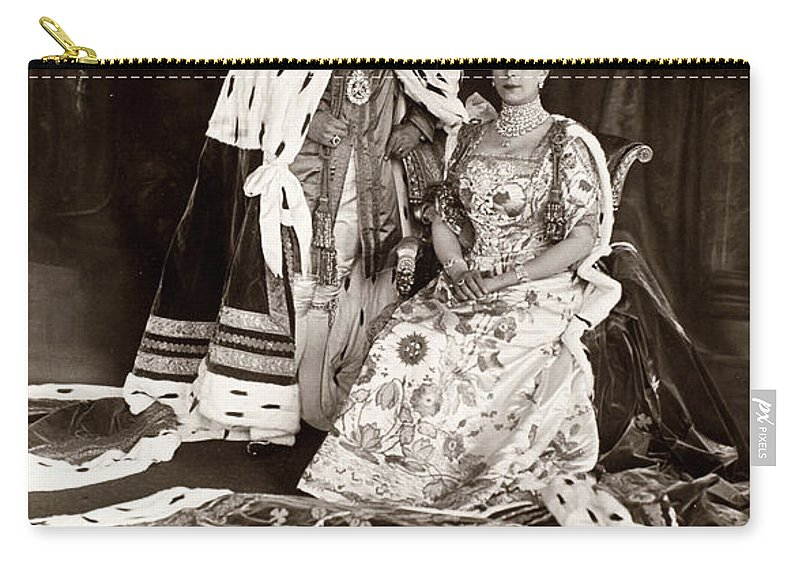 1911 Carry-all Pouch featuring the photograph George V (1865-1936) by Granger