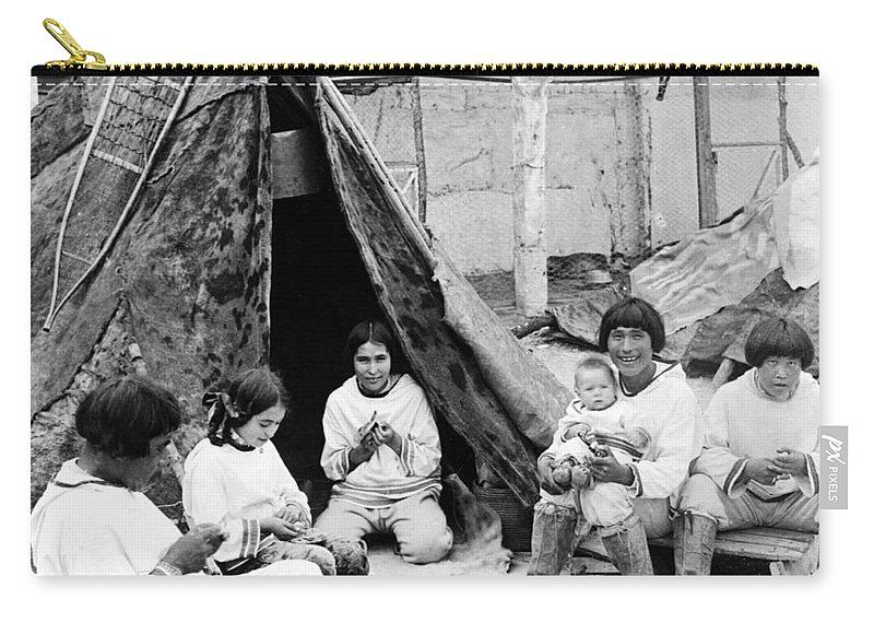 1904 Carry-all Pouch featuring the photograph World's Fair Eskimos by Granger